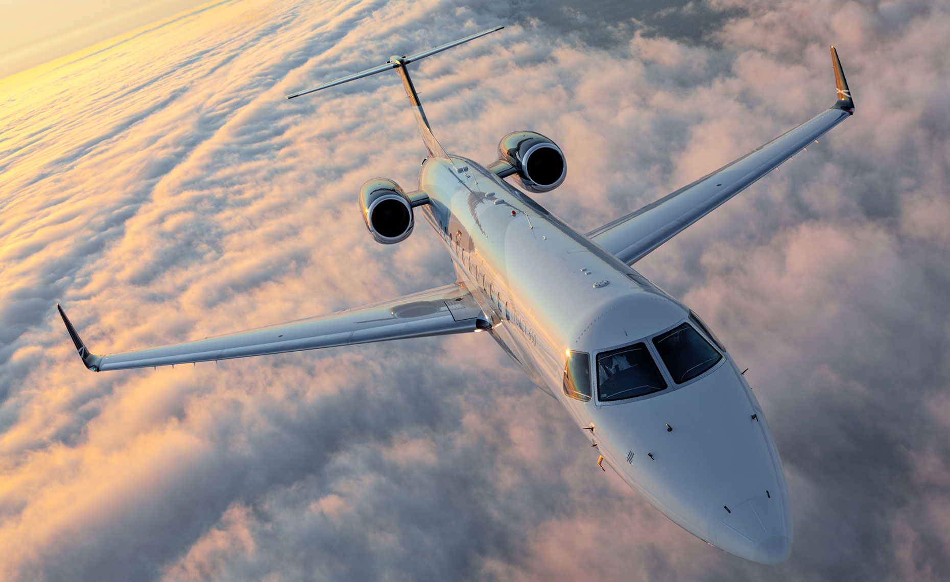 Embraer Legacy 650 Business Jet