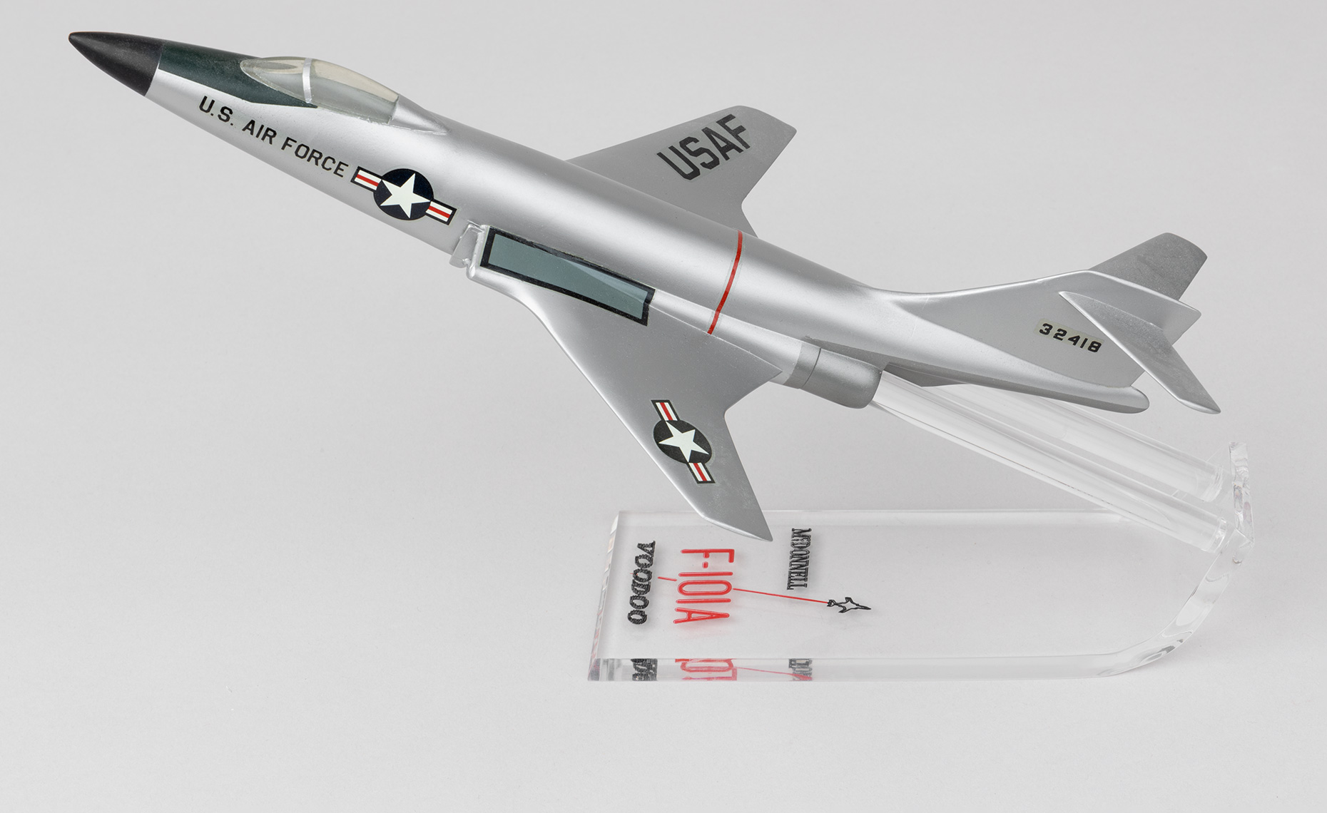 Model of McDonell F-101A Voodoo